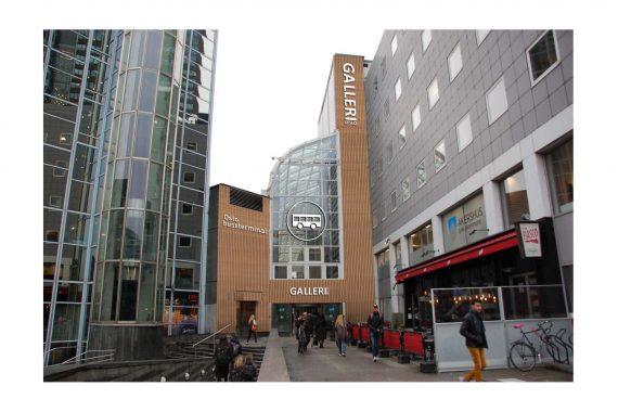 Illustrasjon fra tegn_3 for AKT, viser inngangen til Galleri Oslo fra Oslo S-siden i ny drakt